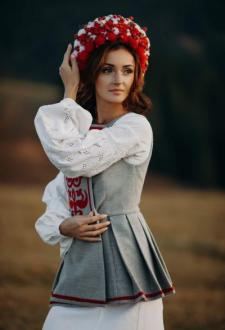 16627-Elvira-Ukrainian-Woman-Yaremcha